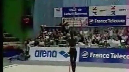 贝索诺娃1999年比赛带操