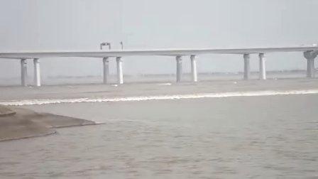八月十八潮 下沙大桥