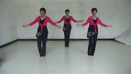 西板台 彩蝶 广场舞 《纳西姑娘唱情歌》高清版 示范