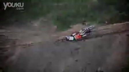 黑★货—疯狂!惊险刺激的极限摩托车前空翻!