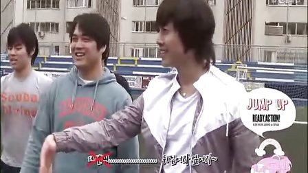 201004 Ready Action DVD HJ playing football