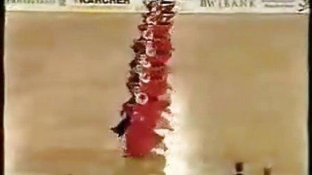 外国舞者用中国流行歌当伴奏参加国标舞大赛