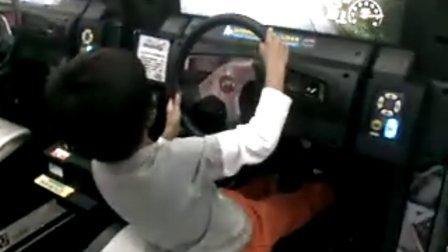 开警车 追罪犯