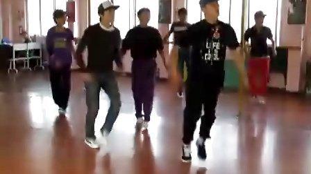 黄家湖教学点B-BOY刻苦训练花絮