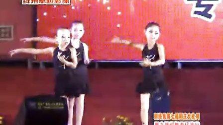 绛州网络电视台新绛县2010年第七届国庆广场文化周拉丁舞蹈中心专场演出:拉丁舞