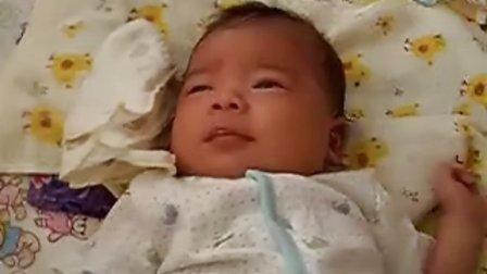 【一个多月大】7-3宝宝有点不开心