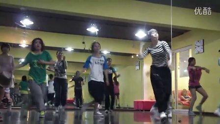 重庆街舞培训(TK)TOPKING舞蹈传媒大师授课第二弹BABY SLEEK WACKING课程一