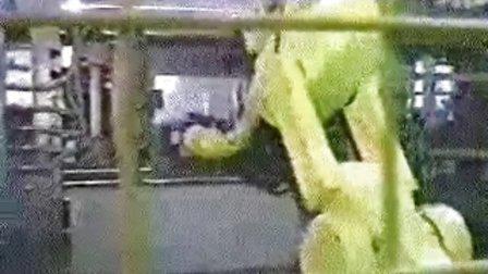 压铸机取件,熨斗取件