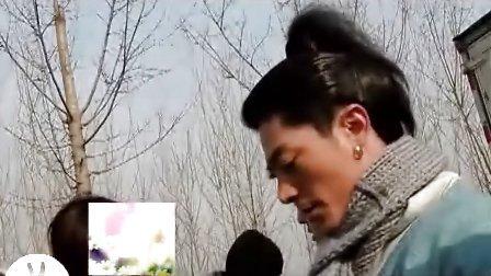 华哥和探班影迷互动
