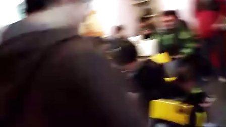 2012元旦电玩巴士上海聚会 抽奖恶搞环节视频3 BY MARIO