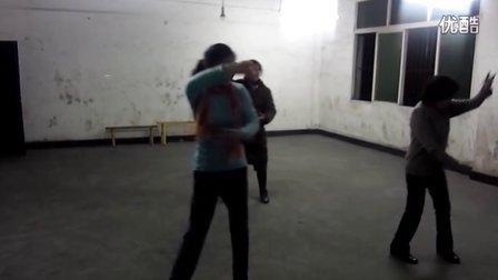 妈妈跳舞哦_2012.02.02