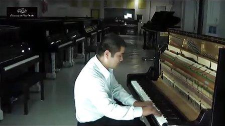 雅马哈(YAMAHA)-YUX钢琴点评