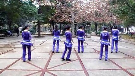 常德临江公园 活力广场舞 《疯狂的人生》