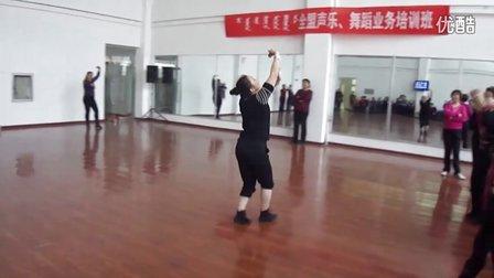 敖老师舞蹈爱在草原