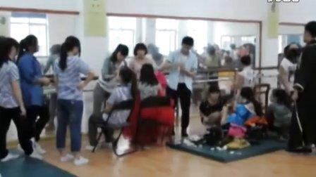2012上湖南大众传媒学院新闻部第六期校园文化艺术节开幕式晚会专题成品