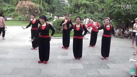 西北商贸民族舞:天边