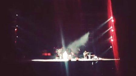 Dia Frampton - Wake Me Up (AVICII Cover LIVE Beijing)