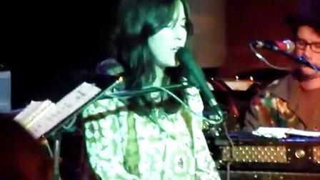 [独家放送]Holly Conlan - You Are Goodbye 现场粗糙版!