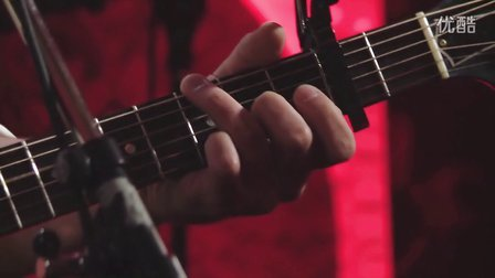 Amos Lee - Out Of the Cold (Studio Q Live)