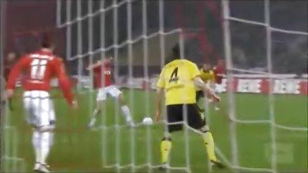 Podolski vs Van Persie vs Giroud