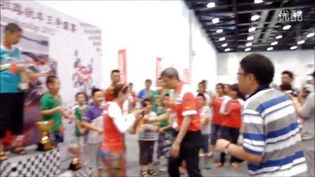 2012年卡雷拉路轨车神争霸赛——冠亚季军胜利喷香槟视频