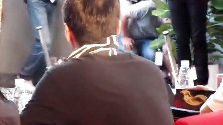 """抹汗也優雅的Leon- 2 : 2012-08-06 黎明啟動""""火影""""發布會"""