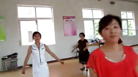 DSCN2409同兴镇党员活动站老体协举办健身舞培训班