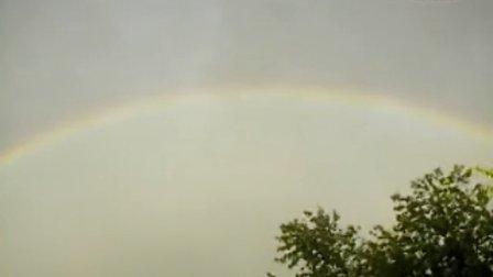 加拿大的雨后彩虹