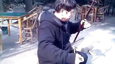 2012.12.8老庞在望江公园演奏《洪湖人民的心愿》