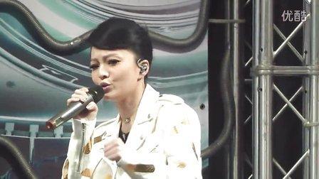 【涵情脉脉】张韶涵同名专辑西门町签唱会现场演唱《为爱而活》