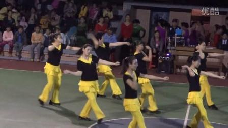2014.3.8南华学校表演的节目火火的中国年