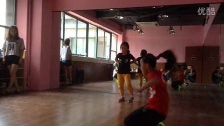 小小萝莉1的视频 2014-06-25 21:41
