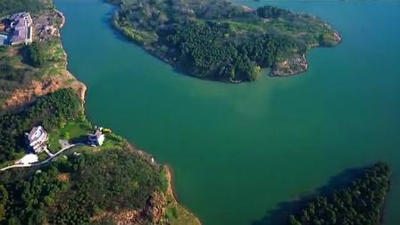 航拍南京青龙湖森林公园