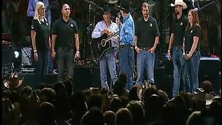 Leroy Sisco 将军在 George Strait 演唱会上