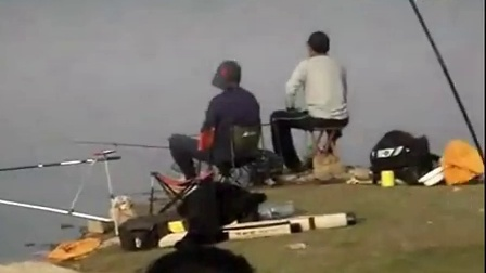 垂钓手杆钓到15斤大鲤鱼洽川钓友黄河野钓大鱼 钓鱼视频 钓鱼高手