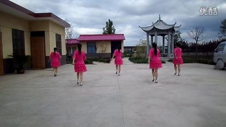 广场舞: 菜花的小姑娘