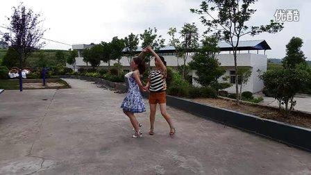 丽丽广场舞学跳双人舞