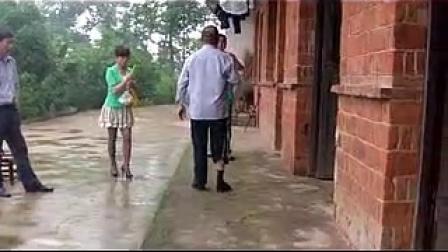 75岁足下垂患者行走的乐趣!