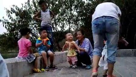 幸福时代,快乐的童年!20140824_092819