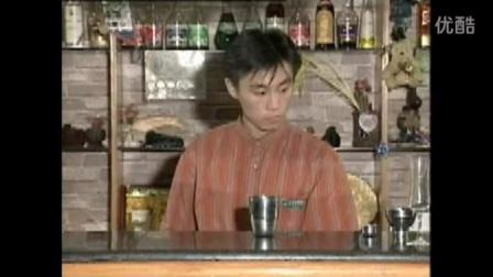 十、水果汁调制-窈窕淑女(主料芒果汁菠萝汁)