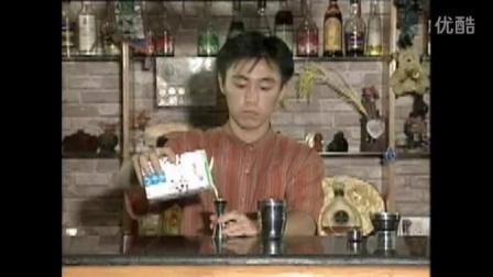九、水果汁调制-太阳女(主料百香果汁)