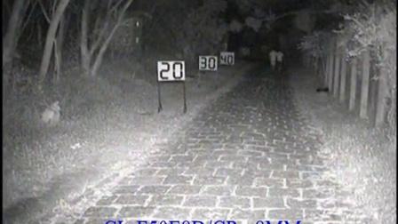 科宁摄像机 模拟E8 3灯 红外夜视实际测试效果(请选择超清模式观看)