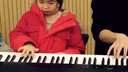 Tukutz教haru弹琴
