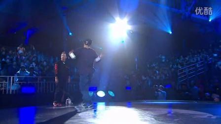 【5BBOY】Wing vs Taisuke - Quater Final - Red Bull BC One World Final 2014 Paris