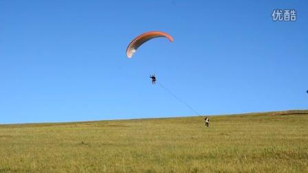 呼春滑翔伞牵引起飞练习