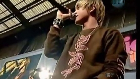 Jesse Mccartney - She´s No You (Channel V Live)