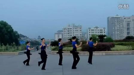 热门:吉美广场舞教学《小心眼的男人》[高清]