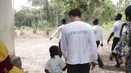 2015年3月UNICEF亲善大使Orlando Bloom访问利比里亚(三)中字
