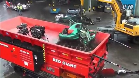好厉害的汽车搅拌机!30秒毁掉一辆小汽车
