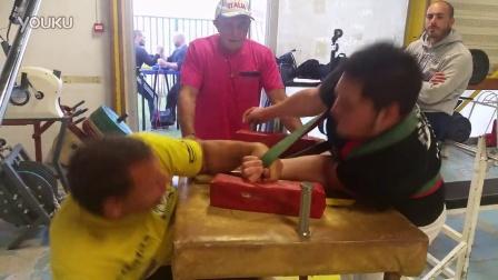 约瑟夫带伤训练(冠军是怎样练成的)